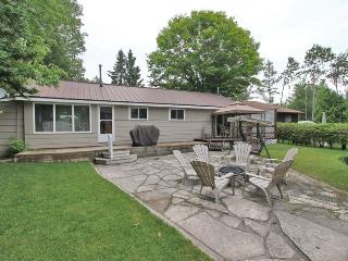 McCullochs Retreat cottage (#933) - Sauble Beach vacation rentals