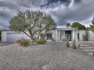 The Perfect Desert HIdeaway - Palm Desert vacation rentals