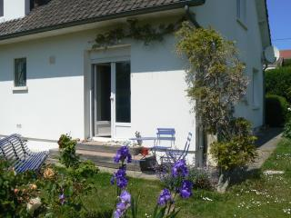 Romantic 1 bedroom Criel-sur-Mer Gite with Internet Access - Criel-sur-Mer vacation rentals