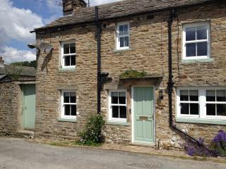 Nice Cottage with Central Heating and Grill - Askrigg vacation rentals