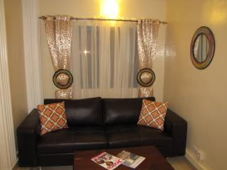Cozy 2 bedroom Kololi Apartment with Internet Access - Kololi vacation rentals