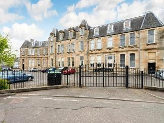 Academia Holiday Let - Edinburgh vacation rentals