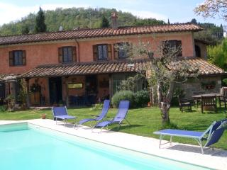 Bright 6 bedroom Orte Farmhouse Barn with Internet Access - Orte vacation rentals