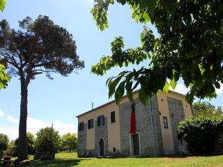 San Pietro B&B Country house Casale chiesa vigneto e possibile visita in cantina - Paternopoli vacation rentals