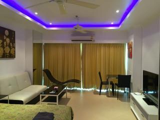 Studio apartment in View Talay 6 condominium - Pattaya vacation rentals