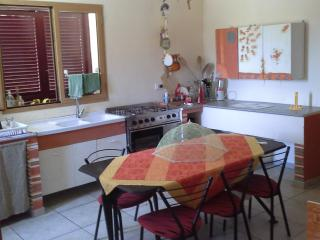 PUGLIA: sleep in bari's area , 5  minute from sea - Borghetto Santo Spirito vacation rentals