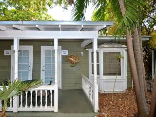 Ibis Suite - Secluded Hideaway w/ Shared Hot Tub & Grill - Key West vacation rentals