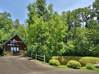 Hugs n Kisses is a one bedroom cabin located in Black Bear Falls Resort. - Gatlinburg vacation rentals