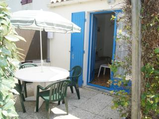 1 bedroom House with Television in Saint-Georges-de-Didonne - Saint-Georges-de-Didonne vacation rentals