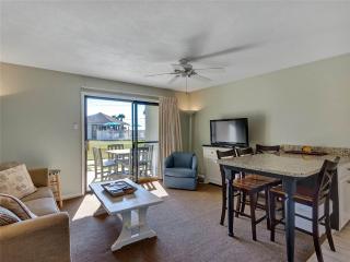 Romantic 1 bedroom Cottage in Miramar Beach with Deck - Miramar Beach vacation rentals