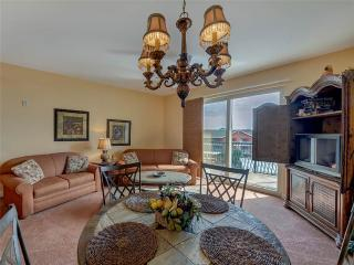 Romantic 1 bedroom Apartment in Miramar Beach - Miramar Beach vacation rentals