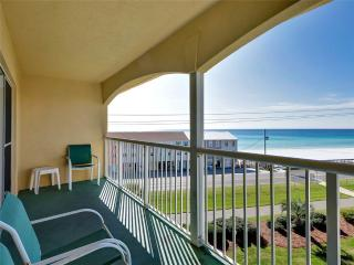 2 bedroom Apartment with Shared Outdoor Pool in Miramar Beach - Miramar Beach vacation rentals