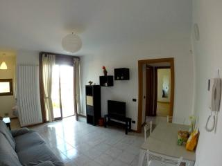 Nice Townhouse with Internet Access and Central Heating - Baggio vacation rentals