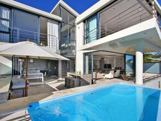 Wonderful Villa with Internet Access and Garage - Camps Bay vacation rentals