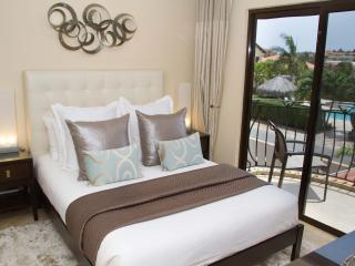 3 Bedroom Townhome - Diamante 95 - Noord vacation rentals