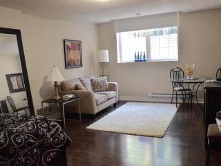 Suite in Historic Annex Manor - 012 - Toronto vacation rentals