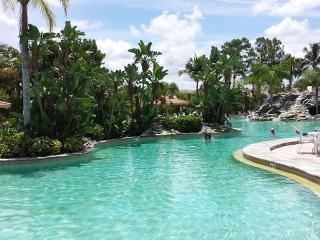 Gorgeous Three Bedroom Condo in Falling Waters - Naples vacation rentals