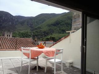 Relaxing Studio Wit Terrace & view - Arles-sur-Tech vacation rentals