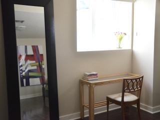 Suite in Historic Annex Manor 013 - Toronto vacation rentals