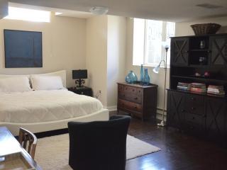 Suite in Historic Annex Manor 014 - Toronto vacation rentals