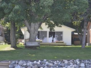 3 Bed, 2 Bath Custom Home on Bear Lake`s West Shore - Bear Lake vacation rentals