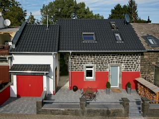 Nice Guest house with Deck and Internet Access - Kottenheim vacation rentals
