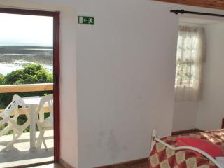 Nice Cottage with Short Breaks Allowed and High Chair - Velas vacation rentals