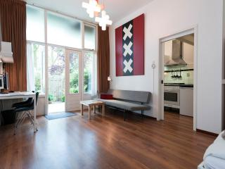 Romantic 1 bedroom Amsterdam Condo with Internet Access - Amsterdam vacation rentals