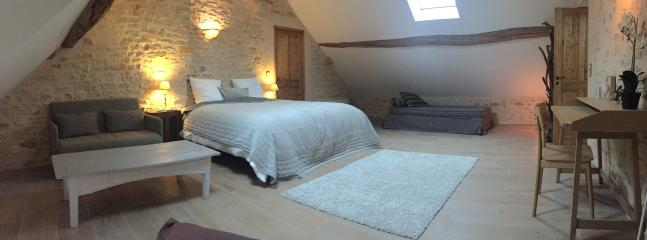 Nice B&B with Internet Access and Dishwasher - Vézelay vacation rentals