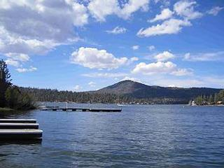 LAKEFRONT w/  2 Private HOT TUBS! PRIVATE BOAT DOCK w/  water   HOT TUB - Big Bear Lake vacation rentals