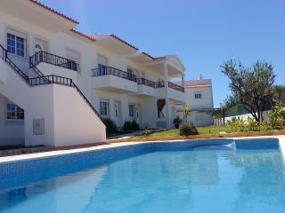 RC-Pata Residence! Flat D in Albufeira 5 min beach - Olhos de Agua vacation rentals
