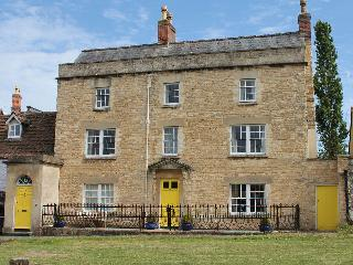 Comfortable 1 bedroom Apartment in Calne with Television - Calne vacation rentals