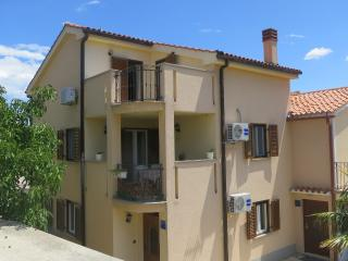 Apartment Dario for 4 people near the beach - Malinska vacation rentals