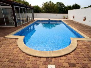 Villa With Private Pool & FREE High Speed Internet - Saint Germain de Lusignan vacation rentals
