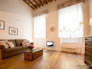 Santa Croce Loft - Florence vacation rentals