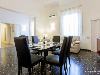 Cittadella Apartment - Florence vacation rentals