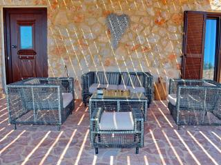 Belevedere luxury beach villa - Halki vacation rentals