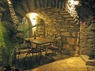 Stone house with private garden, 4+2 people - Crikvenica vacation rentals