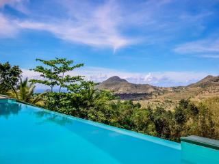 Studio Amigos - au calme avec piscine - Le Diamant vacation rentals