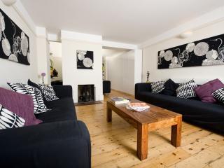 Crosbie Cottage - Highcliffe vacation rentals