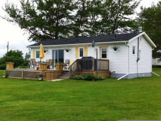 Greenwich Moonlight Bay Cottage -Waterview Luxury - Prince Edward Island vacation rentals