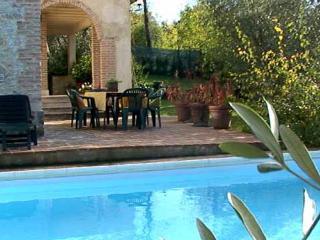 Charming 5 bedroom Villa in Donnini - Donnini vacation rentals