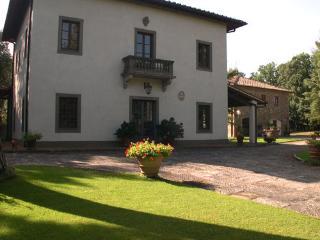Villa Montignoso - Code: VV0006 - Compiobbi vacation rentals