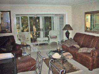 Olde Naples, Two Blocks to Beach - Naples vacation rentals