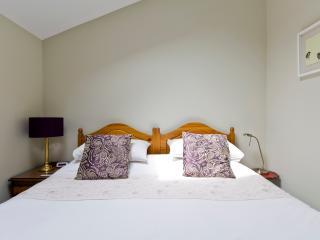 Luxury Apartment near London / Wimbledon - New Malden vacation rentals