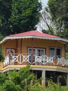 Cozy 2 bedroom Guest house in Choiseul - Choiseul vacation rentals