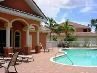 Great Location! Beautiful Condo! Fully Furnished! - Fort Myers vacation rentals