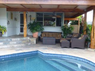 "'E komo mai  ""Welcome"" - Kailua vacation rentals"
