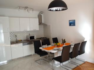 City center with balcony 6 person newly renovated - Zadar vacation rentals