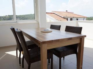 Comfortable Condo with Internet Access and Garden - Tisno vacation rentals